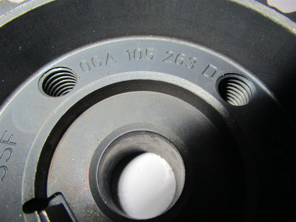 Vw / Audi 1.6i nr: 06E105263E code : BSE / BSF